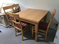 dinning table chairs and free expandable table (burn marks)