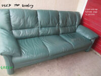 green leather maybe stressless 3seat large vgc