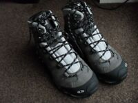 Salomon Quest 4D GTX hiker boots