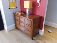 coffee table / sideboard /sofa side table colonial style - good condition