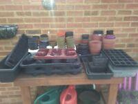 Garden pots/trays