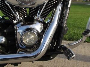 2006 harley-davidson FXDWG Dyna Wide Glide   6 Speed and Fuel In London Ontario image 15