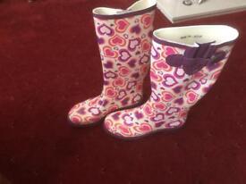 Size 7 ladies wellingtons