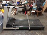 Treadmill Precor Commercial with incline