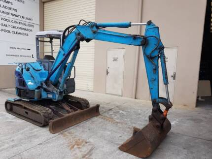 Hitachi EX33MU 3 ton mini excavator