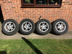 Land Rover Discovery TDV6 alloy wheels 17""