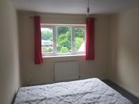 Double room in pound hill crawley