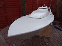 Model Boat. Graupner Azimut Atlantic Challenger.