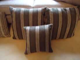 TWO GOOD QUALITY LARGE STRIPED CUSHIONS +,FOUR MATCHING SMALL ONES