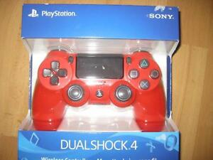 Sony PlayStation PS4 DualShock 4 Wireless Controller. Game System. AUX. Audio Headset Jack.  Original Sony. Like NEW