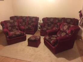 Beautiful Red Patterned Fabric Sofa Suite Set 3+3+1+1 Fantastic Condition Lightly Used