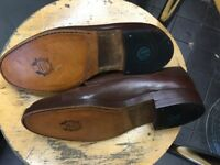 Worn brown shoes but in very good condtion.