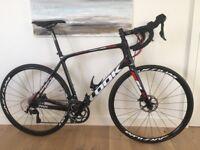 Brand new top spec LOOK carbon road bike