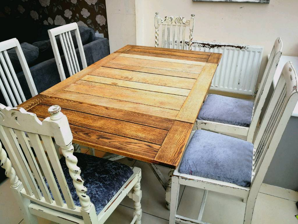 Extendable Shabby Chic Dining Table