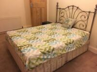 Double Room Double Bed Fully Furnished ALL BILLS INCLUDED 2 Weeks Deposit only.