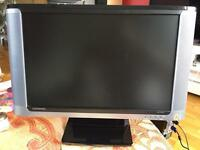 Compaq monitor with built in speakers