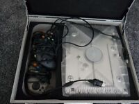 Original Xbox crystal with 3 controllers and carry case