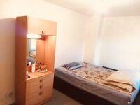 BARGAIN - 2 BEDROOM HOUSE IN PARKGROVE EDINBURGH - £715/MONTH