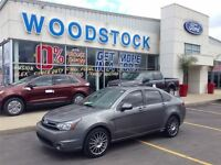 2010 Ford Focus SES, AUTO, MOONROOF