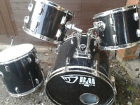 BLACK MAMBA 5 peice Drum Kit --CLEAROUT £80