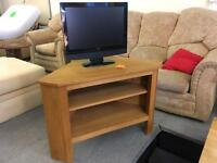 Oak corner Tv stand / unit