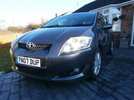 07 Toyota Auris 2l diesel in exceptional condition through out. First to see will buy!