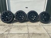 Genuine Range Rover Vogue Alloy Wheels & Tyres