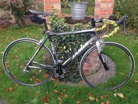 Jamis xenith comp full carbon 10 speed high end road bike,56cm carbon frame,ultegra gears/105 shifte