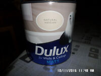 4 tins of 2 .5 litre Dulux Matt Emulsion ,,,,,,Natural Hessian