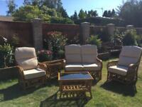 Haskins conservatory set