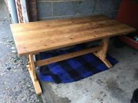 Lovely solid pine table good condition