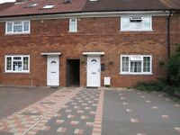 7 Bedroom modern spacious house with an excellent location 5 minutes from brookes and 10 min from JR
