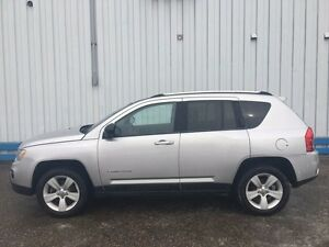 2011 Jeep Compass North Edition *SUNROOF*