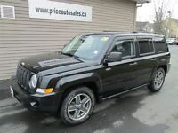 2009 Jeep Patriot 4X4 - HEATED SEATS!!!