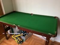 Pool table - approx 5ft x 3ft.