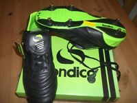 Sandico Football-Rugby boots - Brand new never used size 10 (44) Black/Green