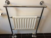 Traditional style towel rail