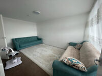 ***DSS WELCOME WITH A GUARANTOR*** Spacious 1 bed flat available in Edmonton N9