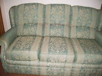 3-seater fabric covered settee
