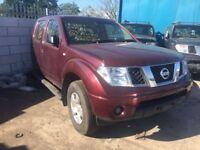 Nissan Navara 2008 year Diesel Manual and Auto for breaking