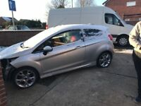2010 59 Ford Fiesta Zetec S TDCi 1.6 Diesel salvage damaged repairable £20 a year tax