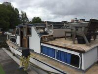 Boat Mooring Rental (River Thames, Residential), Burgoigne Quay, Hampton Wick, 35' by 15'