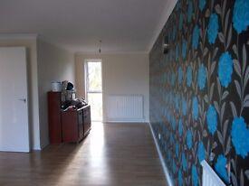 TWO BED UPPER FLOOR FLAT -NO DEPOSIT - MIF £185.00 (INCLUDES 1ST WEEK'S RENT)