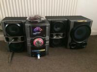 Very loud Sony stereo