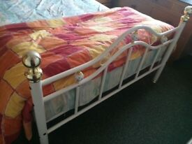 Beautiful Countrystyle bedframe and matteress