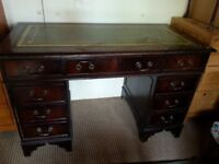 Traditional Mahogany Desk