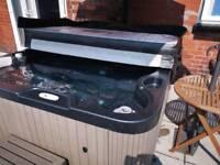 Wellis Hot Tub