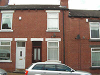 22 Smawthorne Grove Castleford WF10 5AS. 2 bed house. £450pcm.Available March. No DSS/housing benft