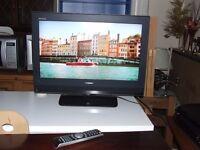 "TV TOSHIBA HDMI 26"" WITH ORIGINAL REMOTE AND GLASS TV STAND FREE EDINBURGH DELIVERY"