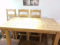 SOLID OAK DINING TABLE & 8 CHAIRS